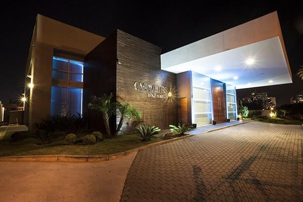 Projeto arquitetônico conta com traços modernos e harmoniosos (Crédito: Divulgação)