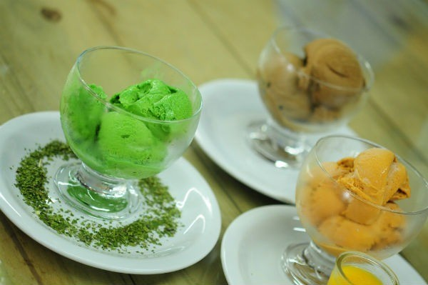 Entre os sorvetes destacam-se o de erva-mate, butiá e doce de leite (Crédito: Luciana Bohn)