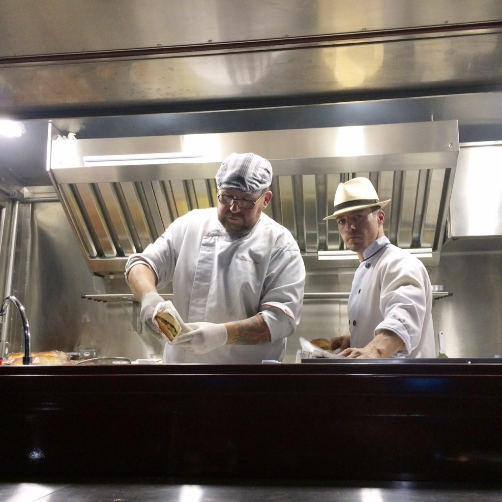 food-truck-ribs-costao-do-santinho