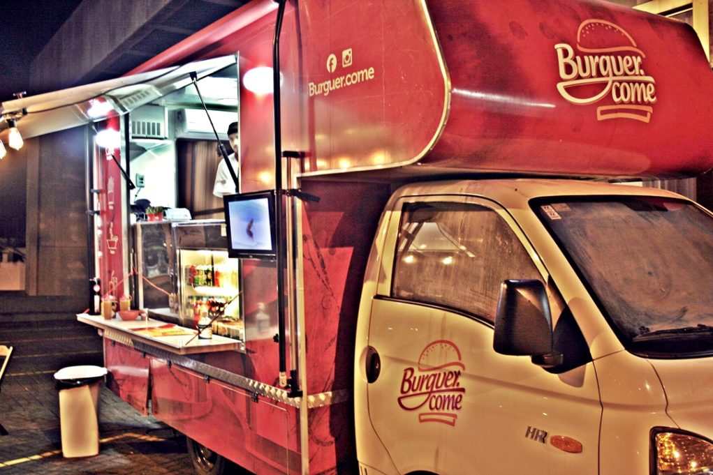 Food truck fica aberto das 17h às 23h. (Foto: Avner Fernandez)
