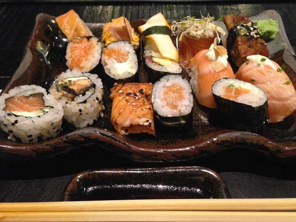 Buffet conta com uma grande variedade de sushis. (Foto: Morgana Dias de Sá)