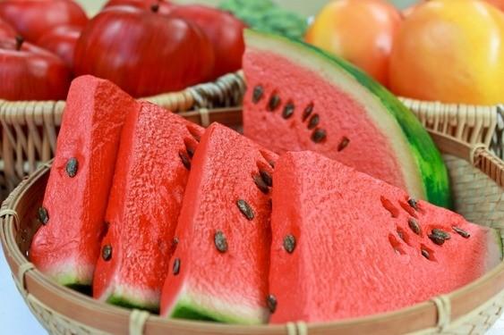 alimentos-que-ajudam-a-combater-o-câncer-melancia