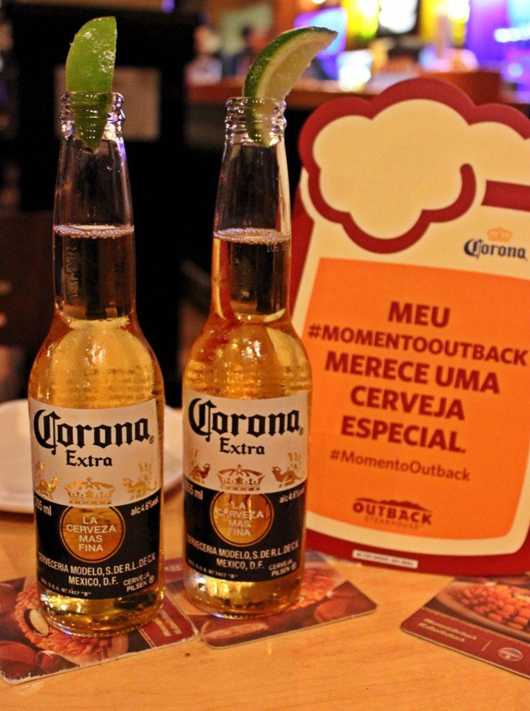 A cerveja mexicana é apreciada com limão. (Foto: Avner Fernandez)