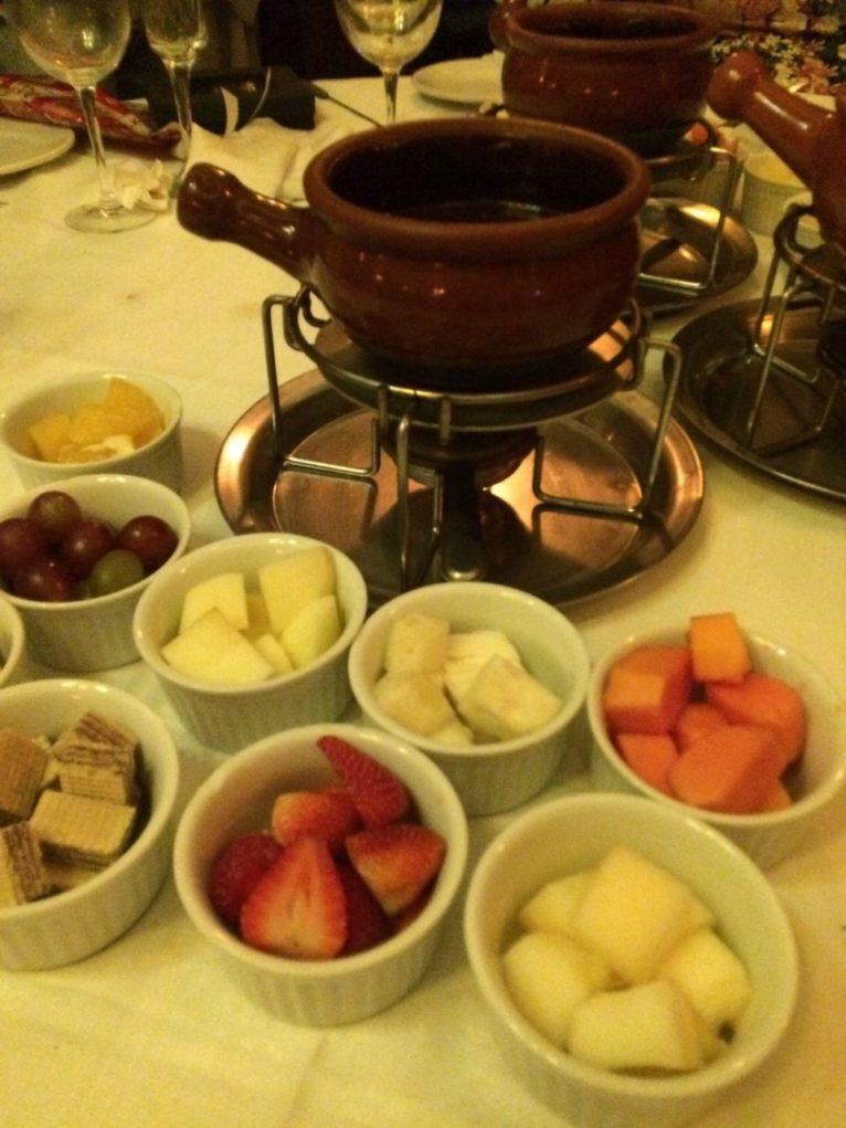 Frutas e chocolate: a combinação dos deuses. Foto: Sabina Fuhr