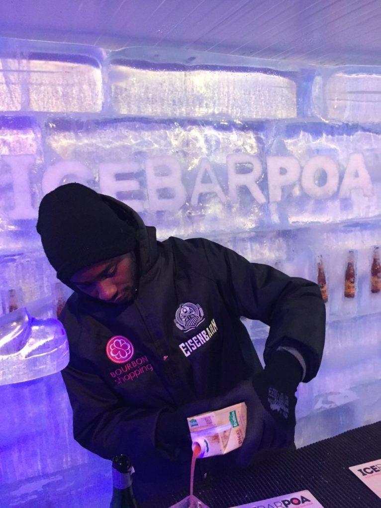 ice-bar-poa-garcom-sabina-fuhr
