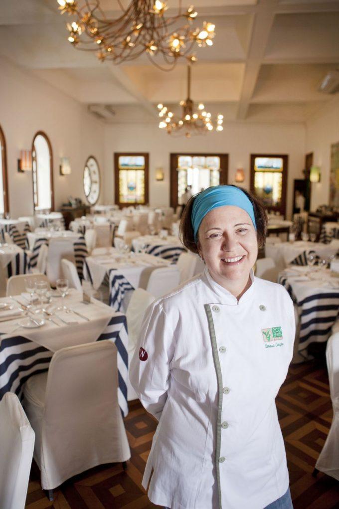 Chef Teresa Coração é carioca e tem como inspiração a culinária brasileira. Crédito: Tulio Thóme