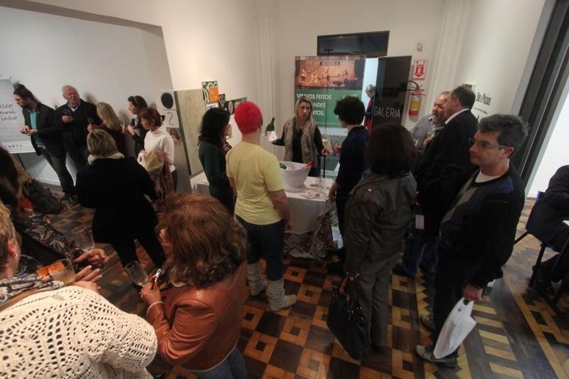 feira-de-livros-sobre-vinho-e-gastronomia-fundação-ecarta