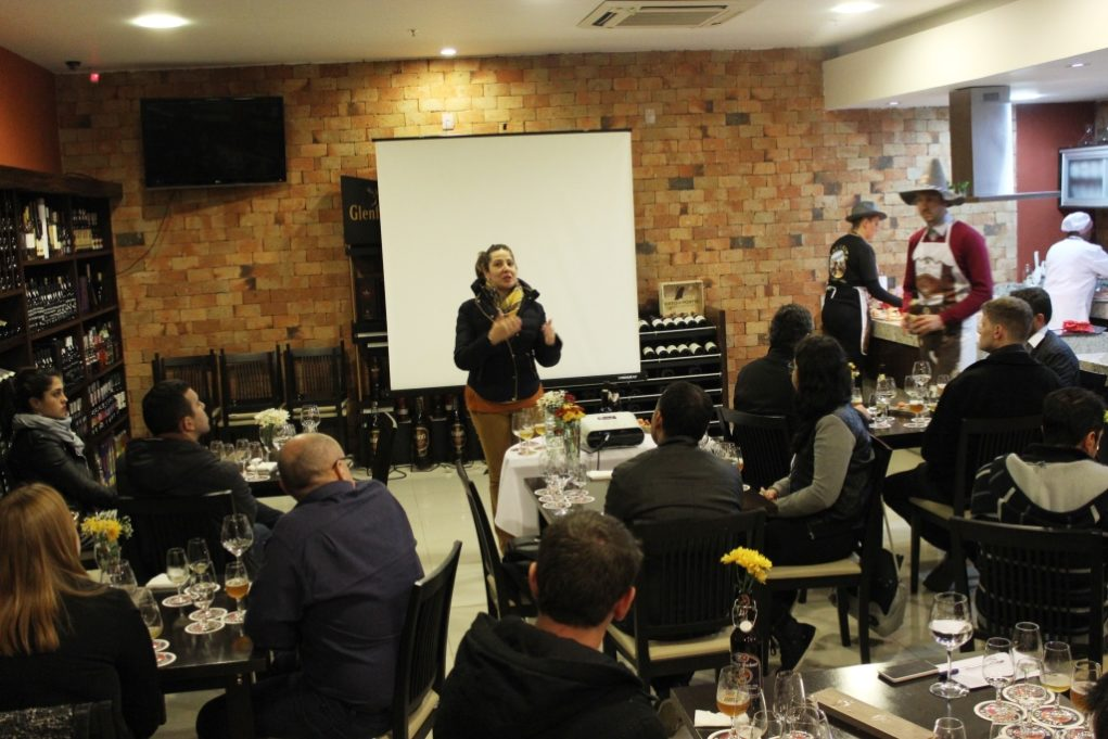 Evento reuniu empresários e jornalistas na loja da Importadora Porto a Porto. Foto: Igor Amaral