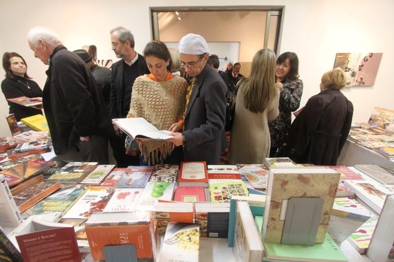 feira-de-livros-sobre-vinho-e gastronomia-fundação-ecarta