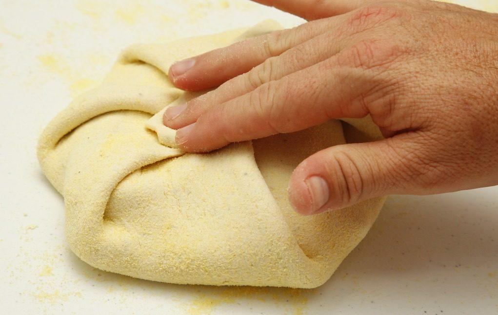 pão-pastor-massa-de-pizza-condimentada-passo-4