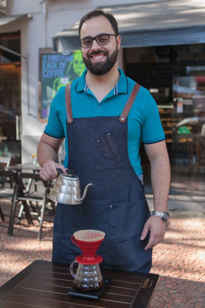 Eurico Albrecht, barista e proprietário do Café República, acaba de concluir a certificação como Q-Grader, na Brazil Specialty Coffee Association (BSCA)