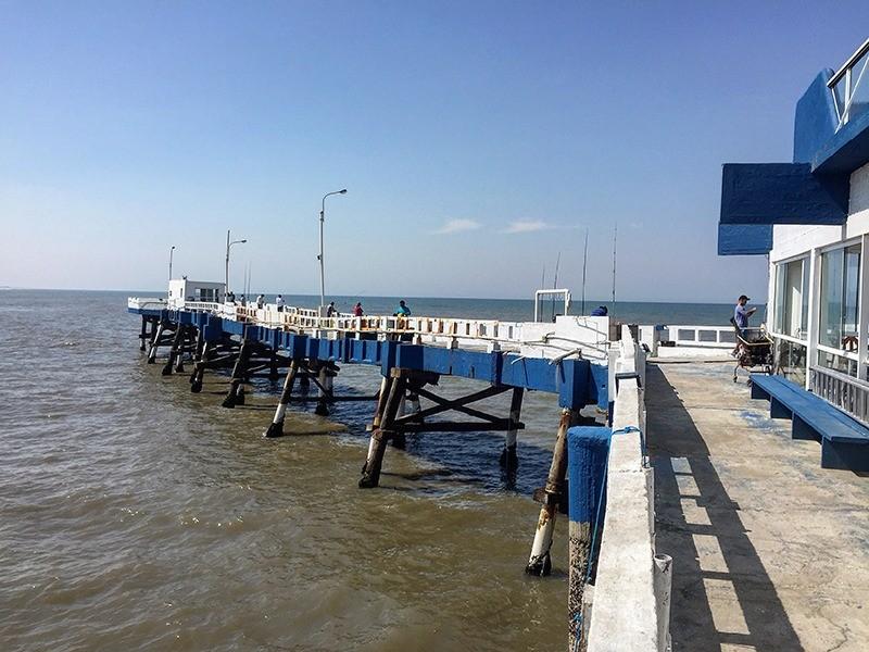 restaurante-plataforma-atlantida-mar