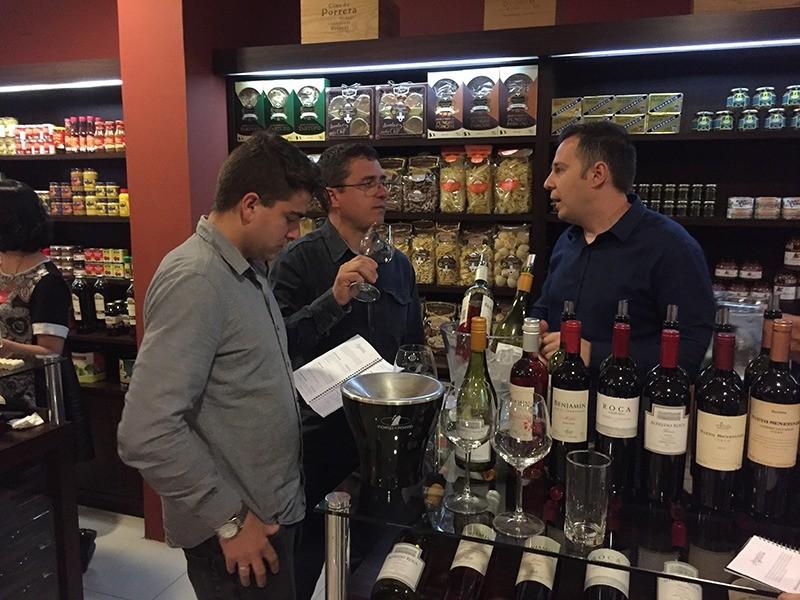 wine-tasting-porto-a-porto-evento-poa