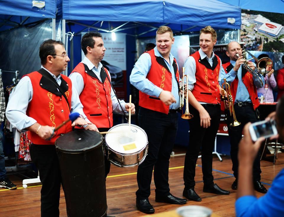Festas mantêm viva a tradição germânica na cidade