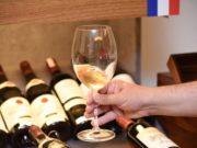 taça de vinho branco