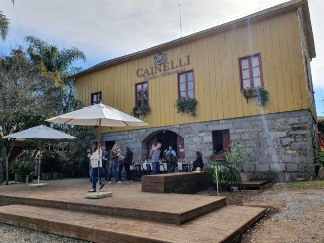 casa vinicola cainelli