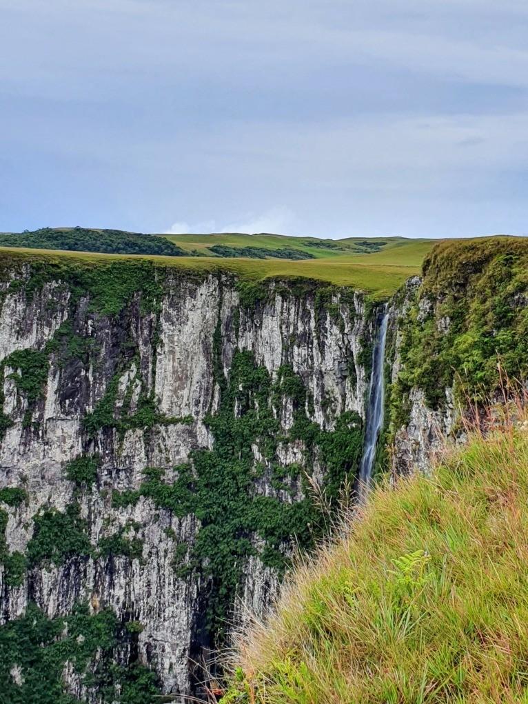 Cachoeira Amola Faca