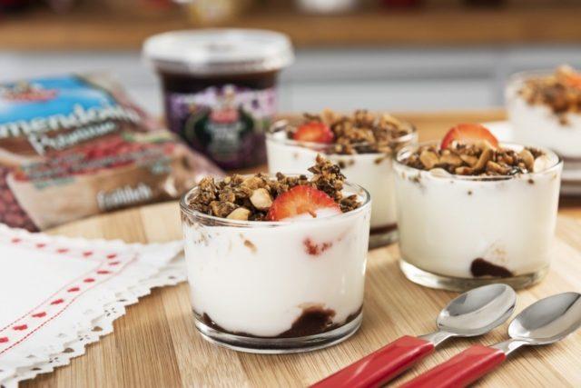 Paçoca de Linhaça e Amendoim com Iogurte