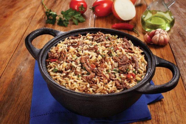 arroz de carne de panela